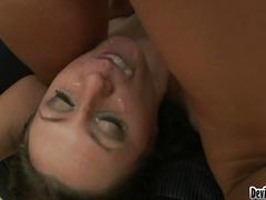 Porno: Lakuriq, Anale, Threesome, Thatanike