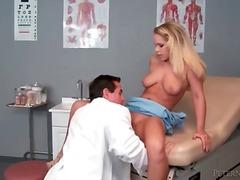 Porno: Blondīnes, Reāli Video, Ārsts