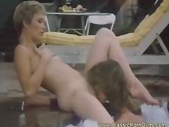 Порно: На Публіці, Анальний Секс, Басейн, Лесбійки