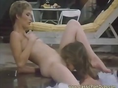 Porn: V Javnosti, Analno, Bazen, Lezbijka