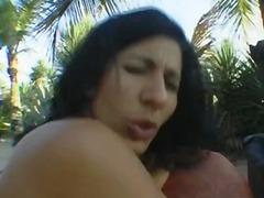 Porno: Böyük Döşlər, Zənci, Uzun Sik, Çöldə