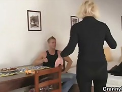 Porn: Իրական, Տնային Տնտեսուհի, Տատիկ, Մայրիկ