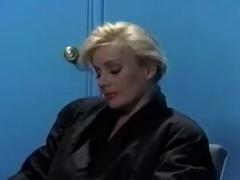 Porn: Mokra, Velike Joške, Posnetek Od Blizu, Oralno
