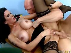 Porn: मिल्फ़, नायलान, पोर्नस्टार