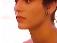 Porn: Լեսբիներ, Էմո
