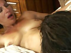 جنس: فموى, على السرير, بعبصة, فموى