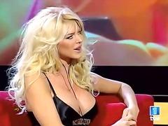 Pornići: Usamljeni, Poznate Ličnosti, Plavuše, Javno