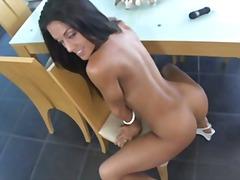 Porno: Babe, Latina, Brünette