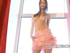 جنس: رقص, نيك جامد, مراهقات, خلع الملابس