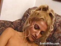 Porn: बिन चुदाई मस्ती, खिलौना, अधेड़ औरत