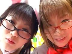Porno: Aziātu, Lesbietes, Brunetes