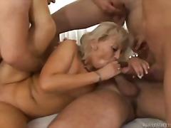 Porno: Në Grupë, Të Rrume, Hardkorë, Thithje