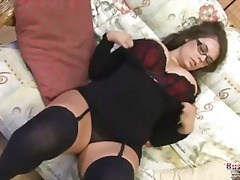 Porno: Milzīgi Pupi, Garās Zeķes, Lieli Pupi, Solo