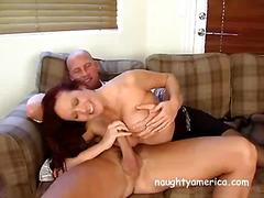 Porn: हलक में, बड़े स्तन, मुखमैथुन