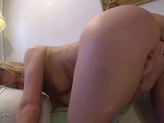 Porno: Masturbime, Cicëmadhet, Gjokset, Meshkuj