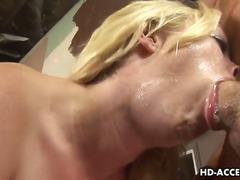 Porno: Estrella Del Porno, Rubia, Corrida, Chupando