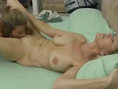 Porn: समलिंगी स्त्रियां, किशोरी, मिल्फ़