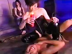 جنس: تقييد وسادية, يابانيات, نساء مسيطرات
