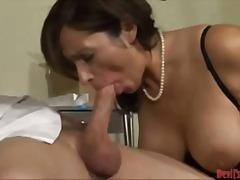 Porno: Thell Në Fyt, Zeshkanet, Cicëmadhet, Thithje