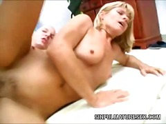 Porno: Blondes, Femmes Mûres, Hardcore