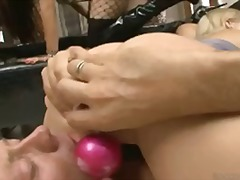 Porno: Threesome, Zeshkanet, Me Lojëra, Bjondinat