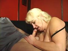 Porn: हस्तमैथुन, सुनहरे बाल वाली, बड़े स्तन