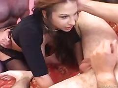 Porno: Thithje, Anale, Threesome, Hardkorë