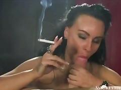 Porno: Britaniyalı, Fetiş, Böyük Döşlər, Kürən