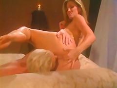 Porno: Striptiz, Sataşmaq
