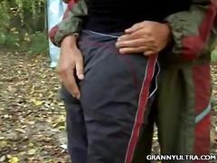 Порно: Сред Природата, Брюнетки, Групов Секс, Свирки