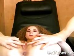 Porno: Təbii Döşlər, Tüklü