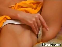Porn: Ples, Masturbacija