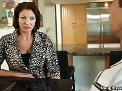 Lucah: Bintang Porno, Isap, Digoda, Perempuan Tua