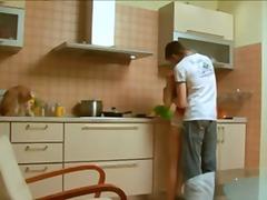Porno: Köögis