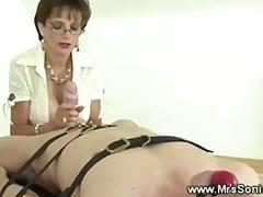 Porno: Dominimi, Sado Dhe Maho Skllavizëm, Zonjat Mjeshtre, Femra Dominon
