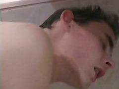色情: 狗爬式, 猛干, 浴室性交, 男同性恋