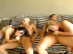 Porn: पिछवाड़ा, समूह, बड़े स्तन, मुखमैथुन