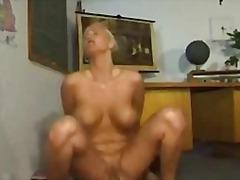 Porno: Hardporno, Avsugning, Suge, Barbert, Sexy Mødre (Milf)
