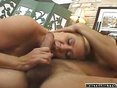 Porno: Starší Ženy, Felace, Blondýnky, Hardcore