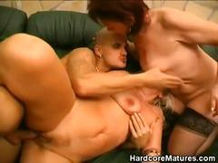 Porn: Trojček, Hardcore, Kavč, Starejše Ženske