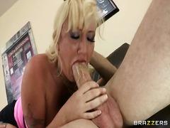 Seks: Toket Besar, Ejakulasi Di Muka, Titit Besar, Rambut Pirang