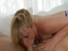 Porn: Պրծնել Դեմքին, Մայրիկ, Մեծ Կրծքեր, Մինետ
