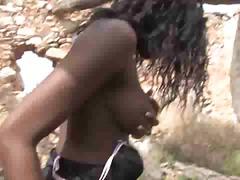 Porno: Tmavé Ženy, V Prírode, Rozdielne Rasy, Černosi