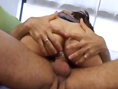 Porn: वीर्य निकालना, कुतिया बनाके चुदाई