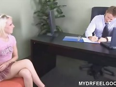 Porn: किशोरी, सुनहरे बाल वाली, भयंकर चुदाई