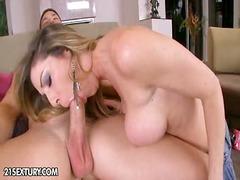 Porno: Orālais Sekss, Koledža, Pornozvaigznes, Orālā Seksa