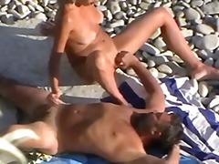 Porno: Amatieri, Lūriķi, Pludmalē