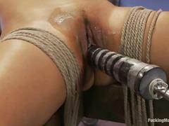 Porno: Rotaļlietas, Vibrators, Pirksti Pežā, Lesbietes