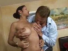 Porno: Pornoulduz, Xalaşka, Böyük Döşlər, Ağır Sikişmə