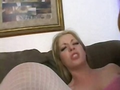 ポルノ: 金髪, 顔射, 美熟女, 人妻